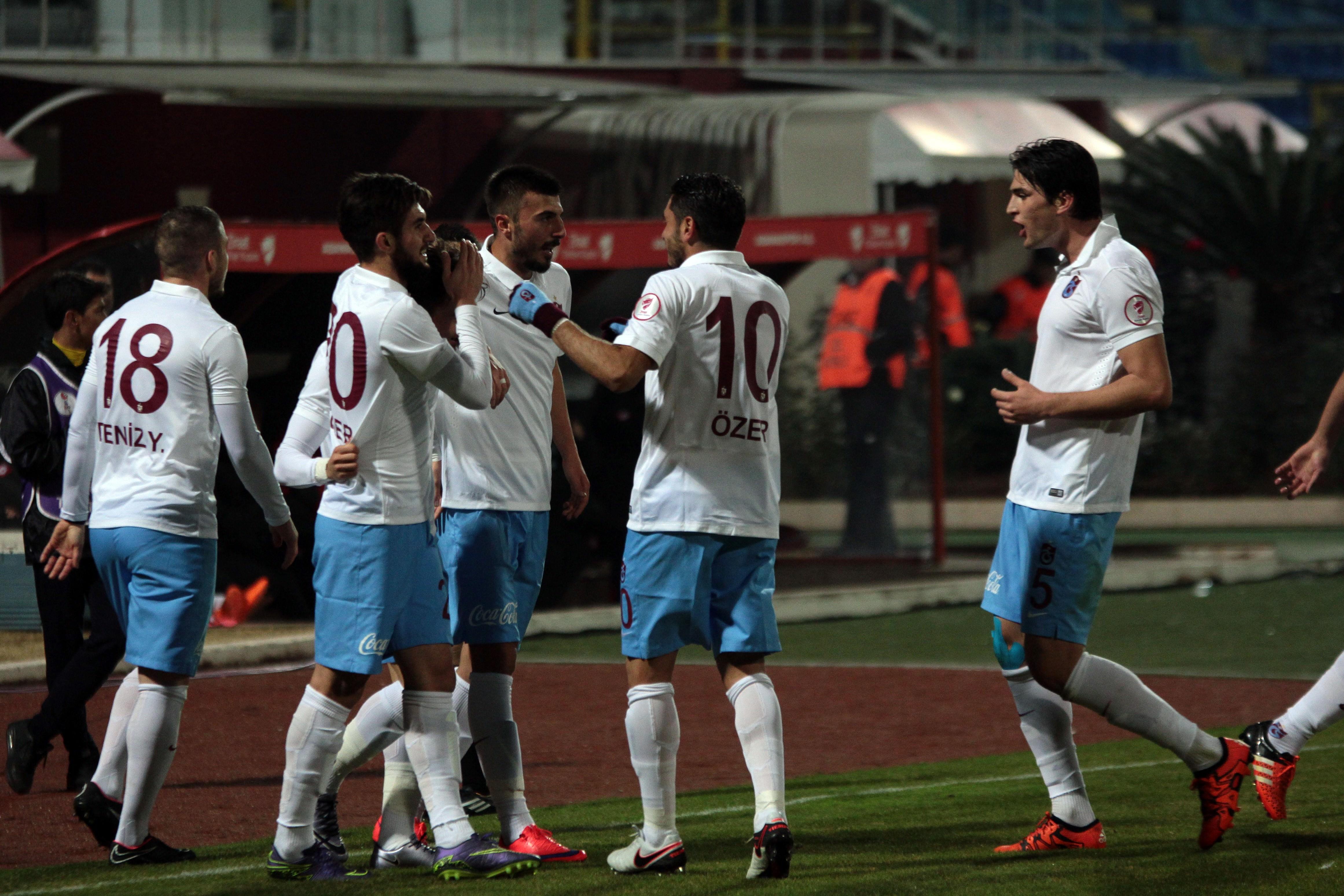 Adanaspor-Trabzonspor maçından kareler