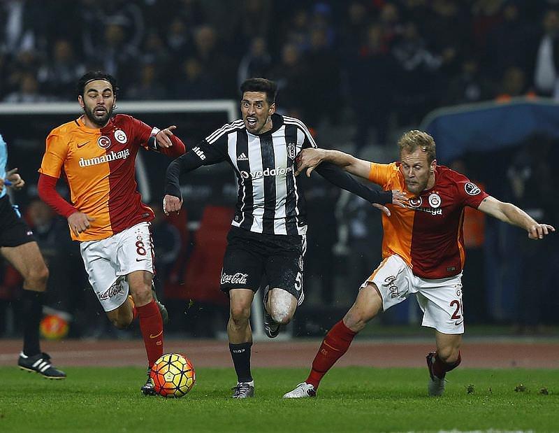 Beşiktaş - Galatasaray derbisi Twitter'ı salladı