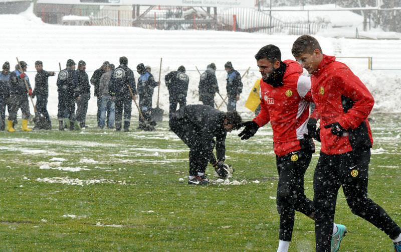 Eskişehirspor - Balçova Yaşamspor maçı ertelendi