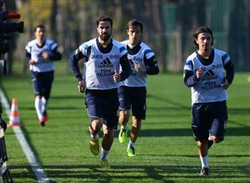 Fenerbahçe, Antalya kampında