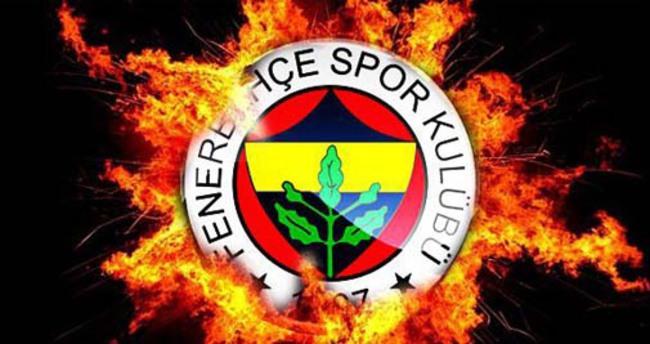 Fenerbahçe ile 3 yıllık sözleşme imzaladı