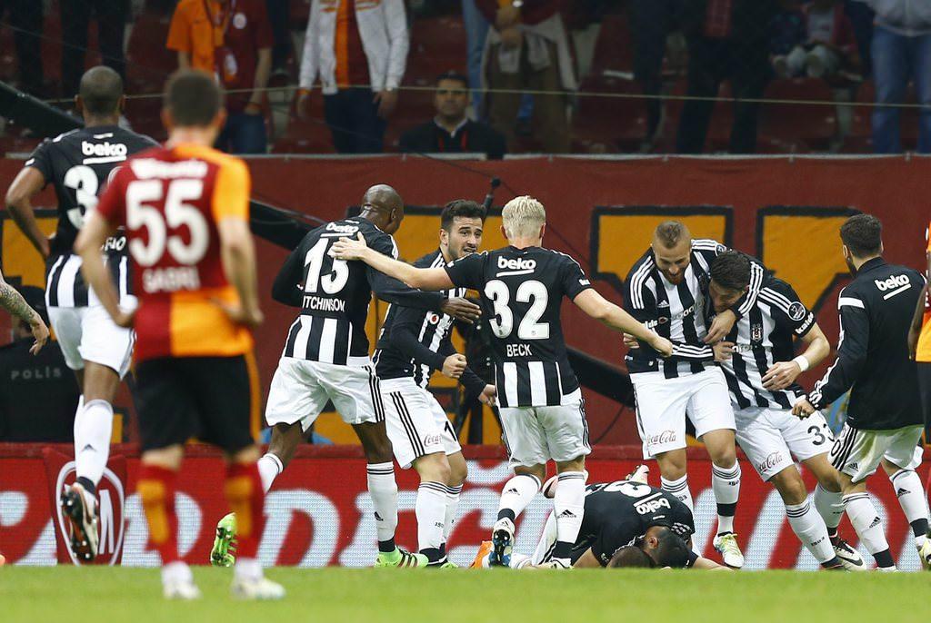 Galatasaray Beşiktaş derbisinden kareler