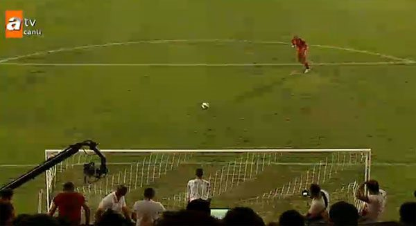 Penaltı kavgası Brezilya basınında