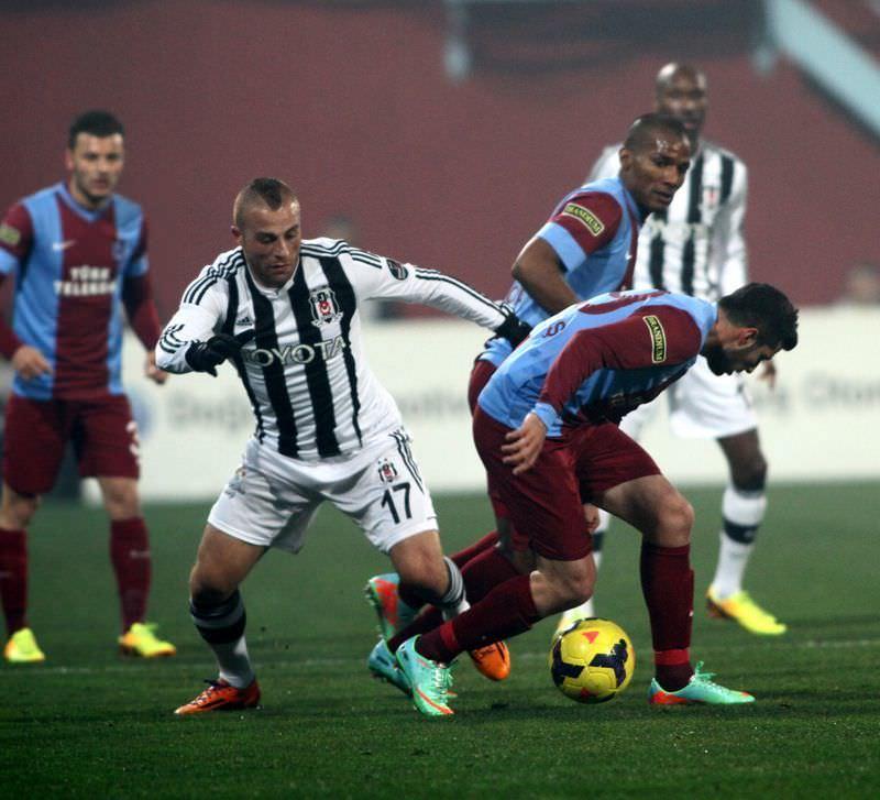 Trabzonspor - Beşiktaş maçından kareler