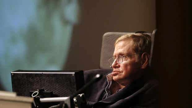 Ünlü isimler Stephen Hawking'in sesi olmak için kuyruğa girdi