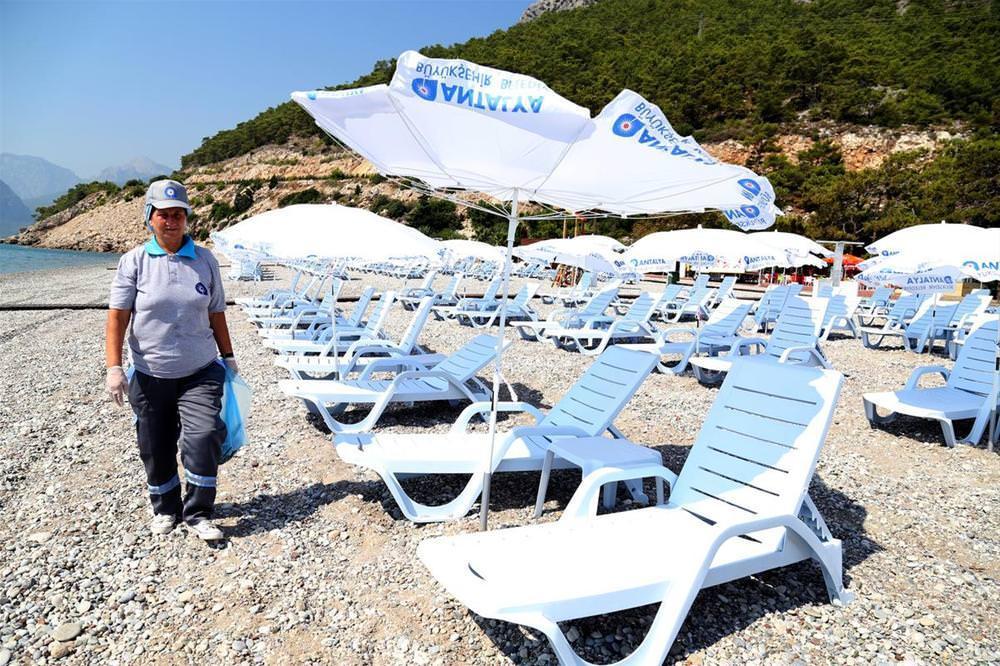 Kadınlar plajı açıldı
