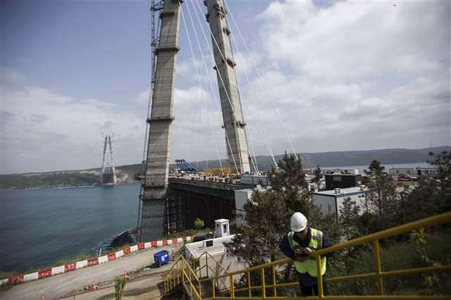 3.Köprünün halatları takılmaya başladı!