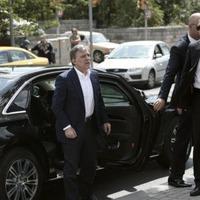 Abdullah G�l, Erbakan'�n mezar�n� ziyaret etti