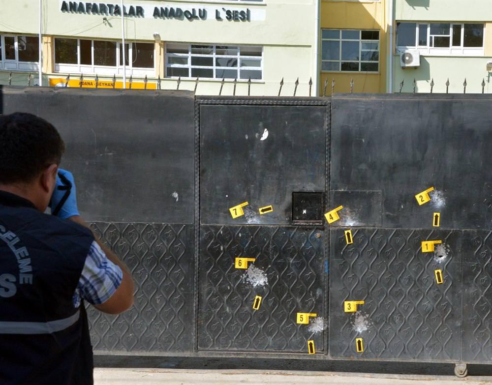 Adana'da liseye silahlı saldırı