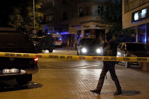 Bingöl'de polislere silahlı saldırı: 2 şehit