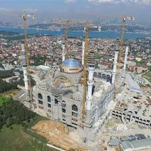 Çamlıca Camii tepeden böyle görüntülendi