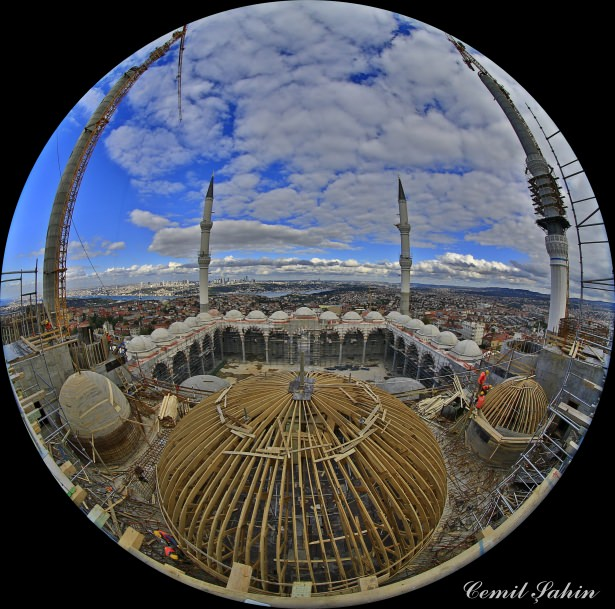 Çamlıca Camii'nde artık sona doğru