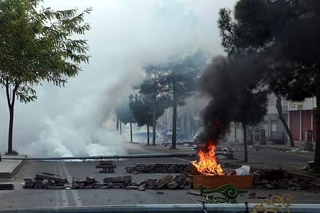Diyarbakır'ı savaş alanına çevirdiler