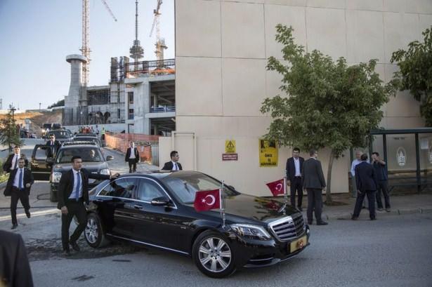 Erdoğan Çamlıca Camii'ni inceledi