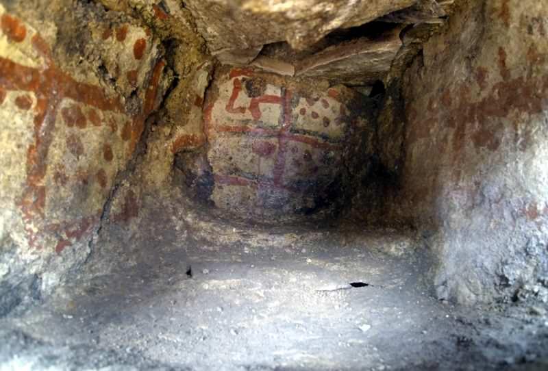 Höyükte 5 bin yıllık duvar resimleri bulundu