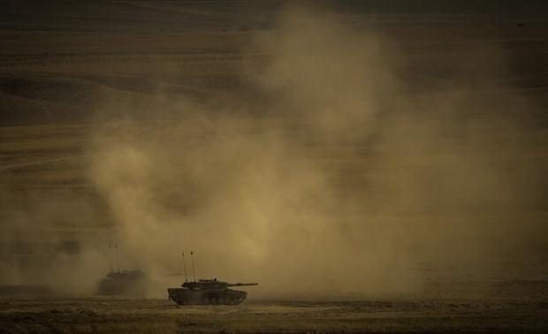 "Kara Kuvvetleri'nden ""Ateş Serbest-2015"" tatbikatı"