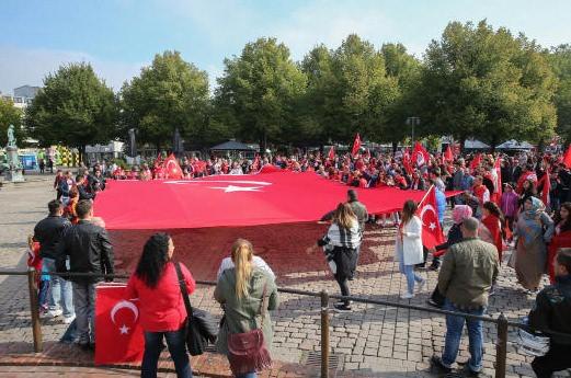 PKK'yı protesto mitinginde olaylar çıktı