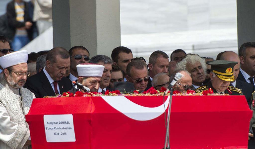 Süleyman Demirel'in cenaze töreninden kareler