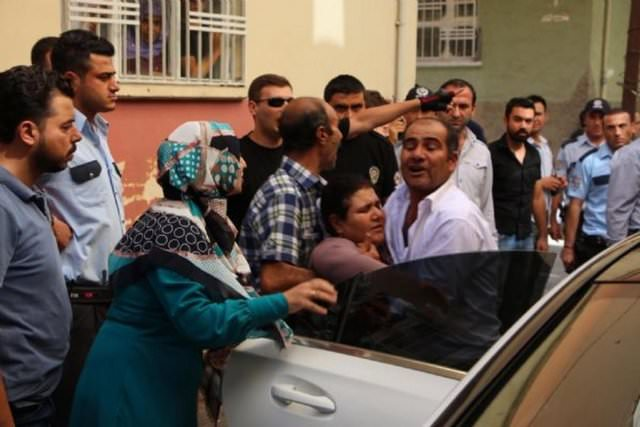 Suriyeliler düğün bastı