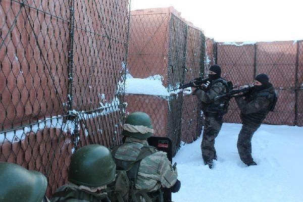 Türk askeri ve polisinden bir ilk!