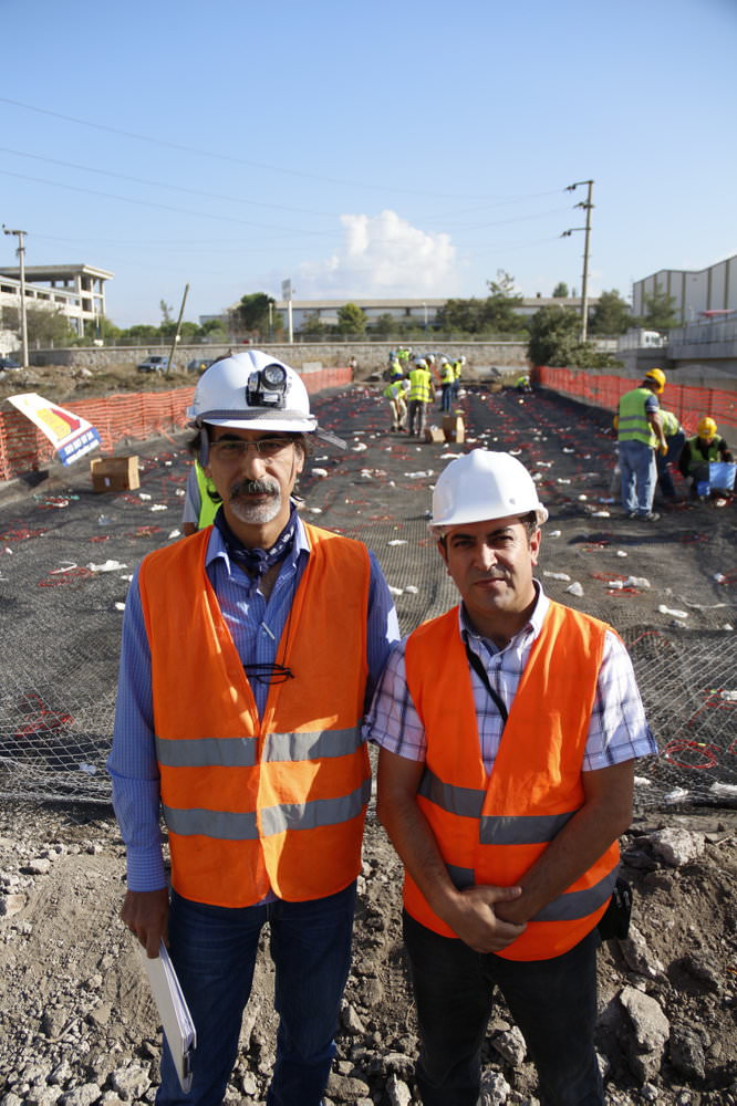 T�rkiye'de ilk defa patlat�larak k�pr� y�k�lacak