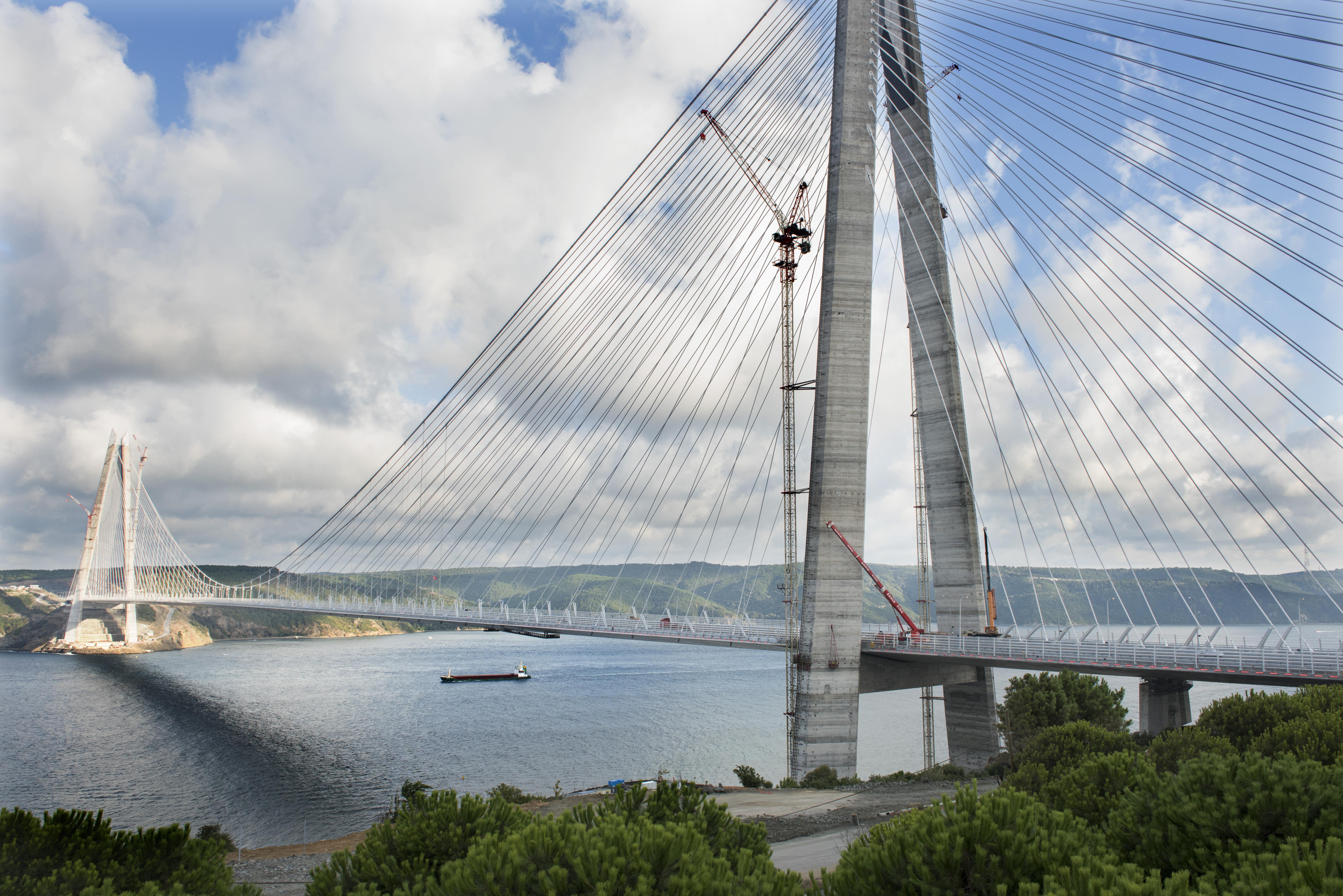 Üçüncü köprü çevresine değer kattı!