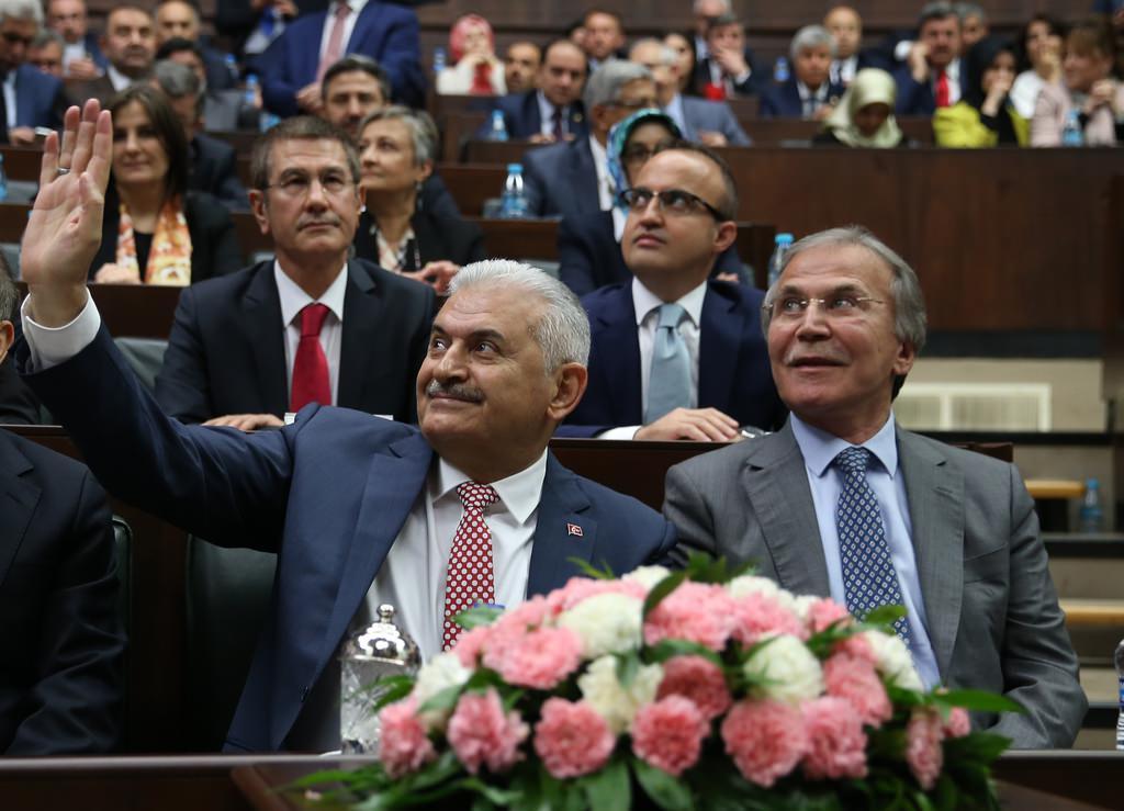 Yıldırım'lı AK Parti'nin ilk grup toplantısı