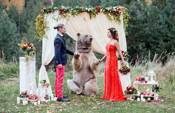 Bir garip düğün!