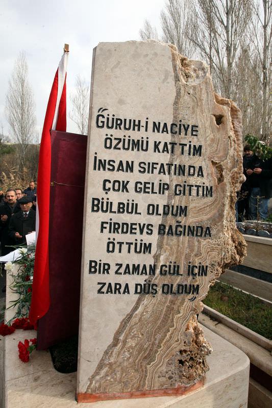 Deniz Yarbay Ali Tatar mezarı başında anıldı