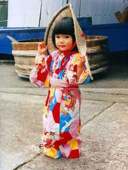 Dört yaşındaki Japon gezgin