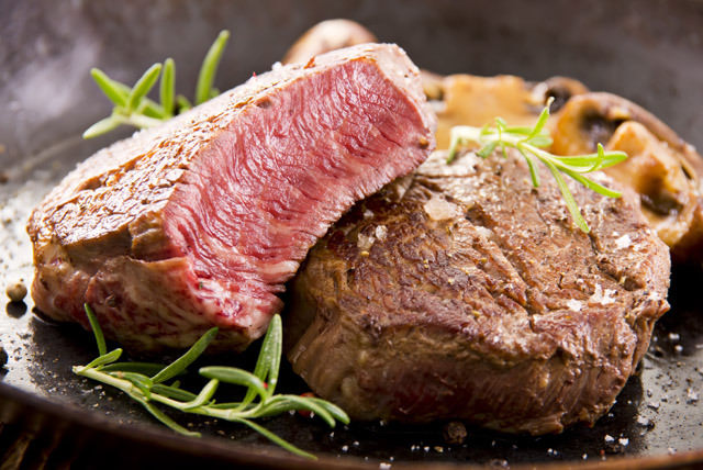 Fazla tüketilen kırmızı et kansere yol açıyor