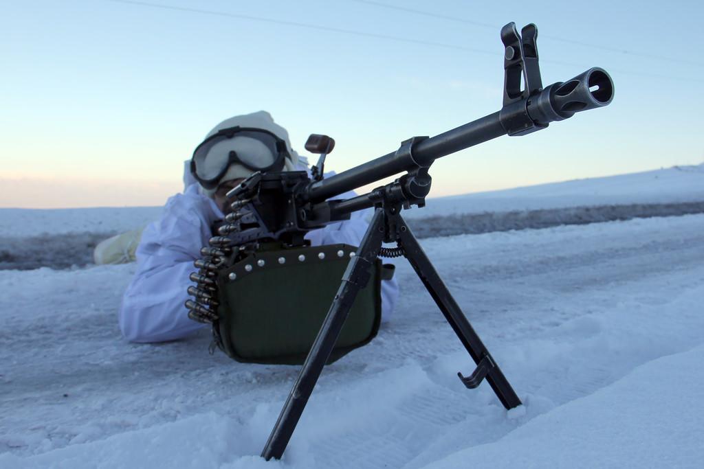 """""""Hudut Kartalları"""" kar kış demeden görevde"""