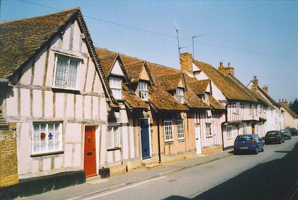 İngiltere'nin çarpık evleri