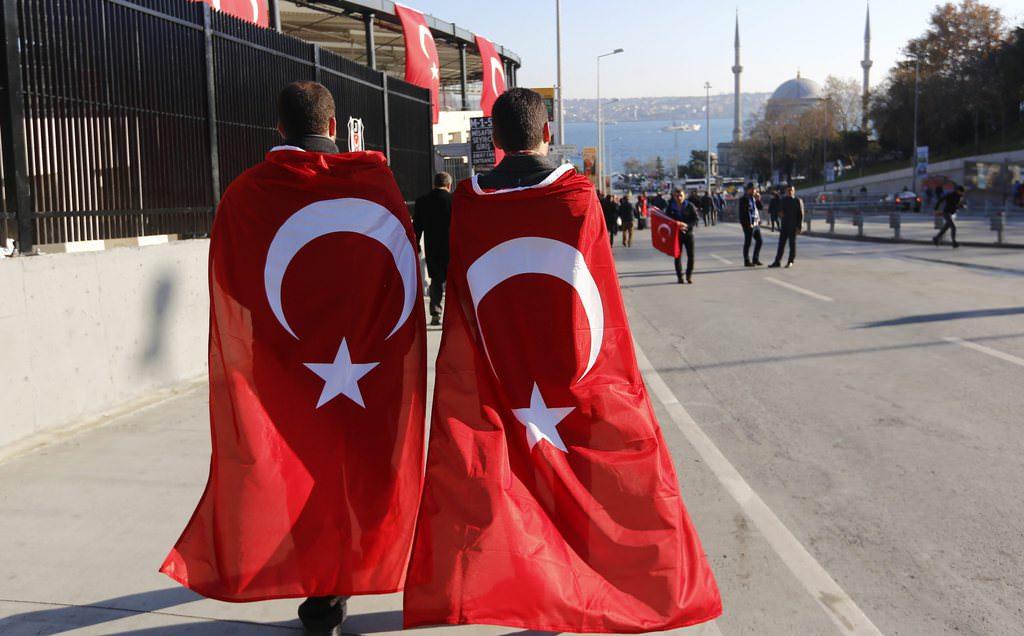 İstanbul'da 'teröre lanet' yürüyüşü