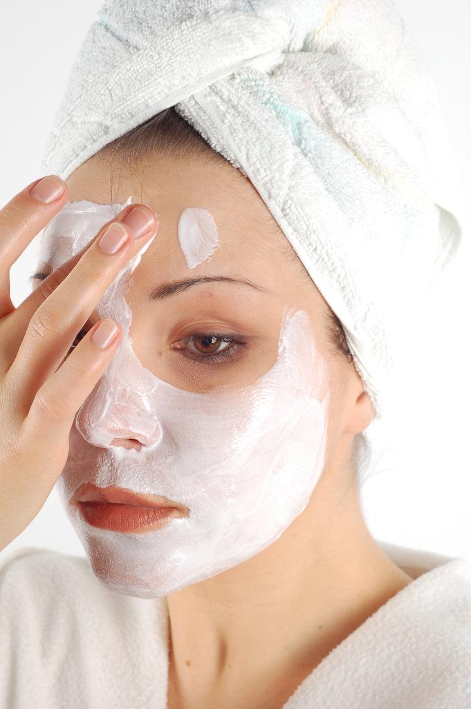 Подтягивающая маска для лица в домашних условиях