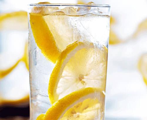 Sıcak su içmenin şaşırtıcı faydaları