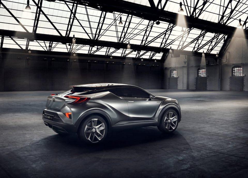 Toyota'dan inanılmaz model: C-HR OTOMOBİL