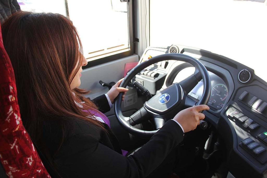 Van'ın kadın şoförler işbaşı yaptı