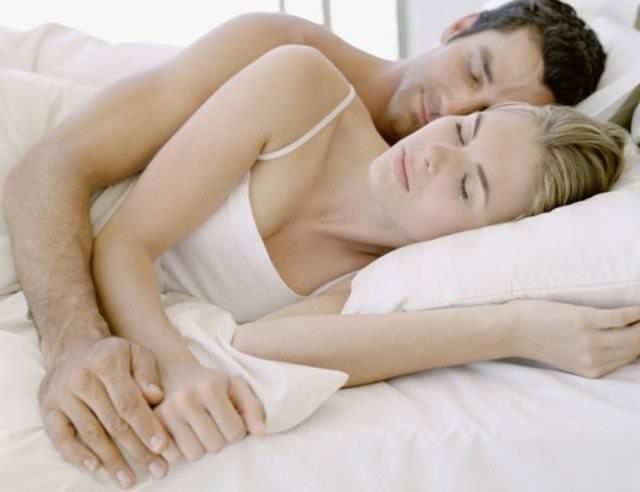 Yataklarını ayıran çift mutlu oluyor!