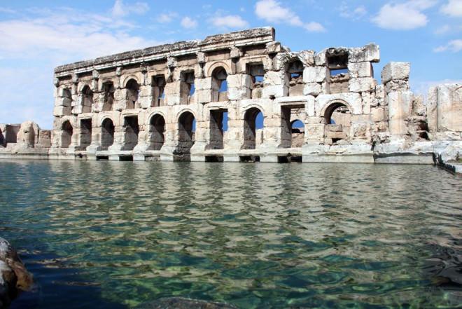 Yozgat'ın iki bin yıllık Roma hamamı turizme kazandırıldı