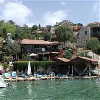 Doğa ve tarihiyle üçağız köyü