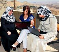 Girişimci kadınlara sanal destek