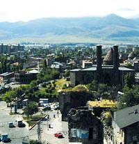 K��lar� apak, yazlar� kapkara bir kent: Erzurum