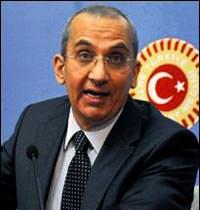 AK Parti'den istifa eden �rbe� MHP yolunda