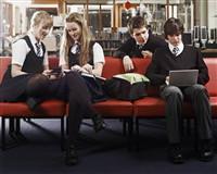 Okula devamsızlık madde kullanımını arttırıyor