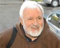 Rahip rahibeye tecav�z etti, cezay� yedi