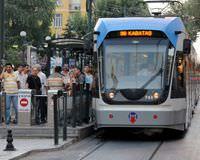 Metro ve tramvay sefer saatleri uzat�ld�