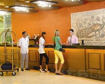 Otelde kalacaklara Bakanl�k'tan uyar�
