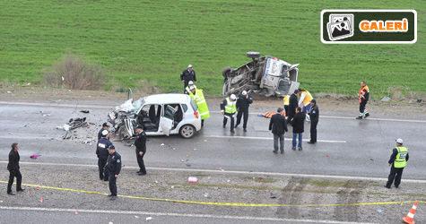 Kaygan yolda feci kaza
