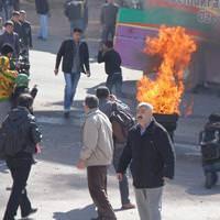 Diyarbak�r Nevruz polis ta� ya�muru